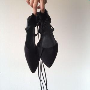 Black tie-up flats